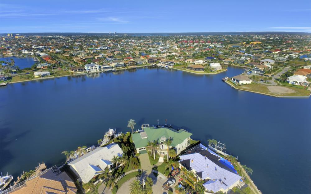 940 Tulip Ct Marco Island - House For Sale 173879811