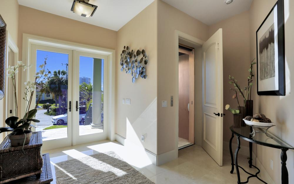 940 Tulip Ct Marco Island - House For Sale 242545004