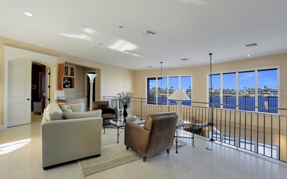 940 Tulip Ct Marco Island - House For Sale 734611620