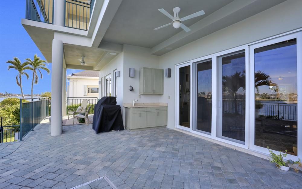 940 Tulip Ct Marco Island - House For Sale 784197584