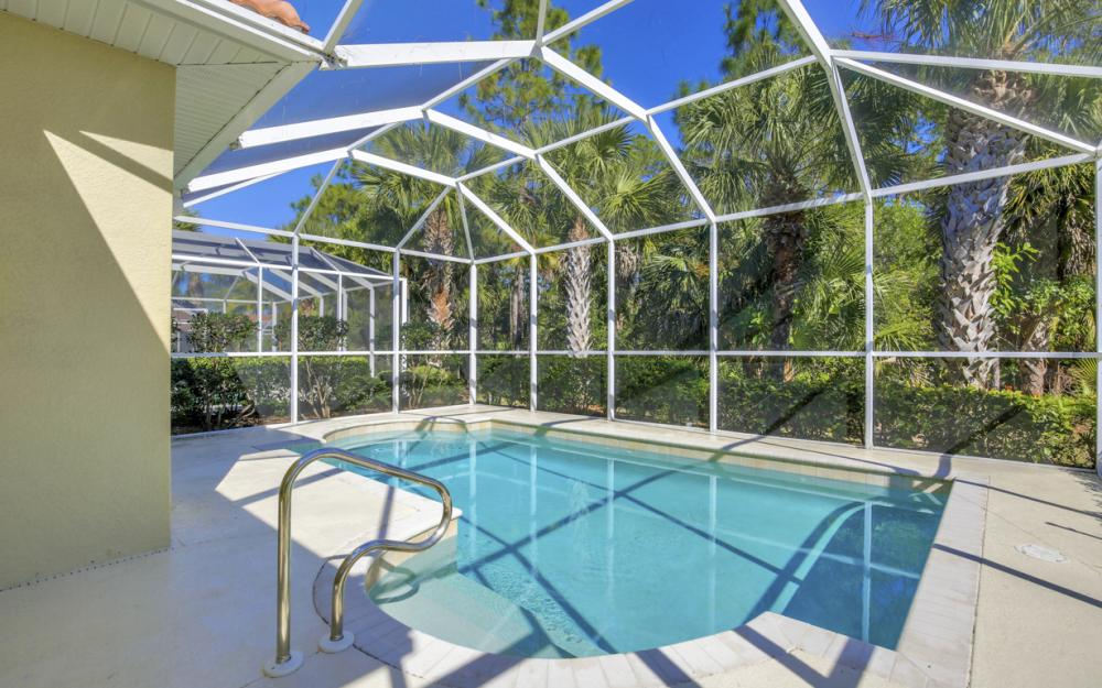 1957 Tarpon Bay Dr N, Naples - Home For Sale 339067573