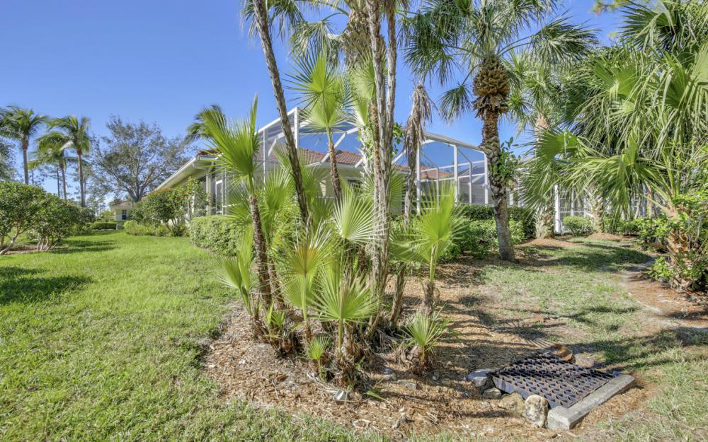 1957 Tarpon Bay Dr N, Naples - Home For Sale 505243783
