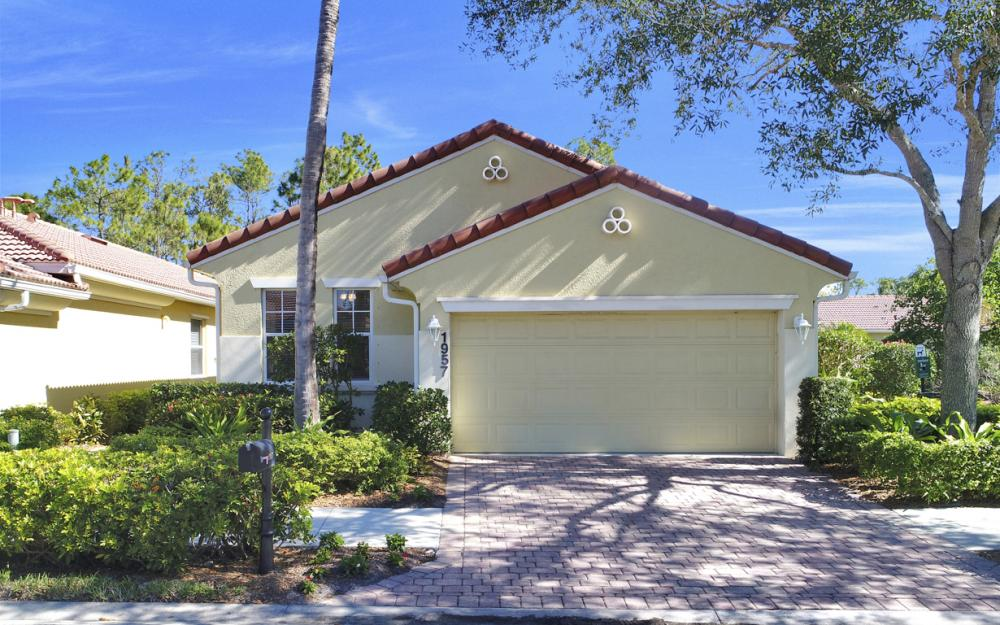 1957 Tarpon Bay Dr N, Naples - Home For Sale 1175351254