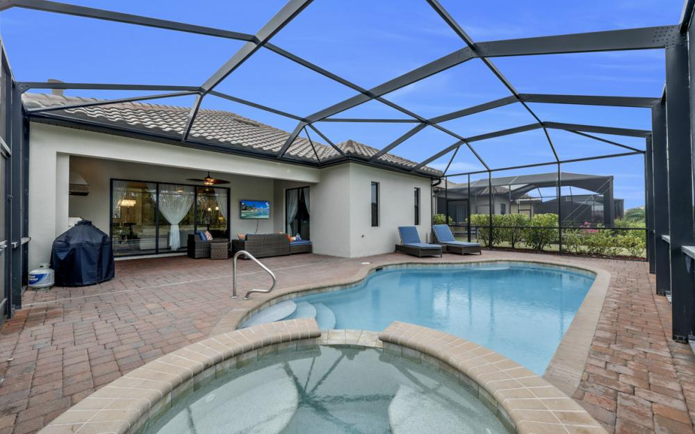 12655 Kinross Ln, Naples - Home For Sale 1479581779