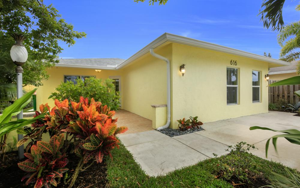 616 106th Ave N, Naples - Home For Sale 735848986