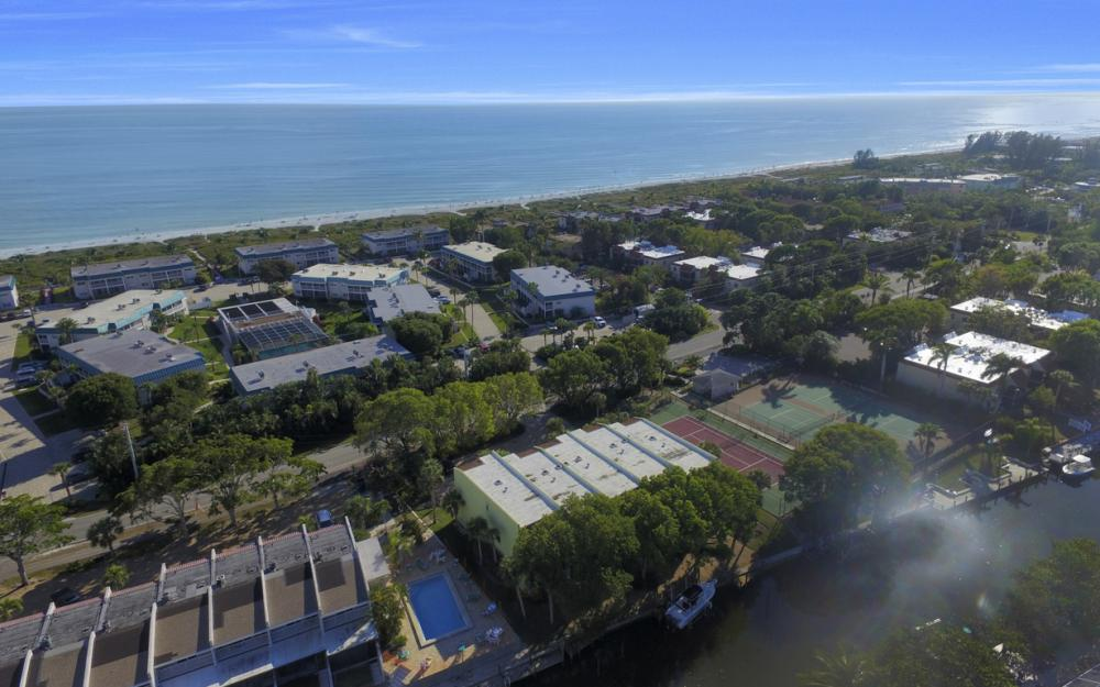 830 E Gulf Dr #5, Sanibel - Condo For Sale 73633251