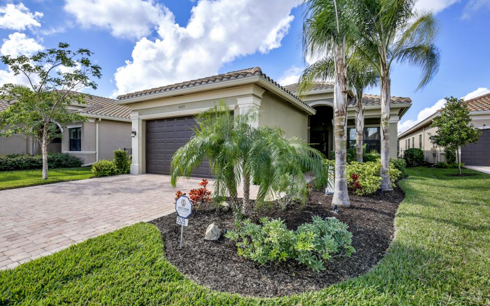 3525 Sungari Ct - Home For Sale in Naples 367659189