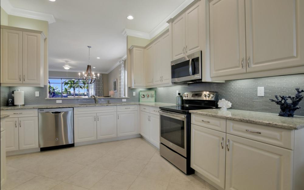 3525 Sungari Ct - Home For Sale in Naples 722631088
