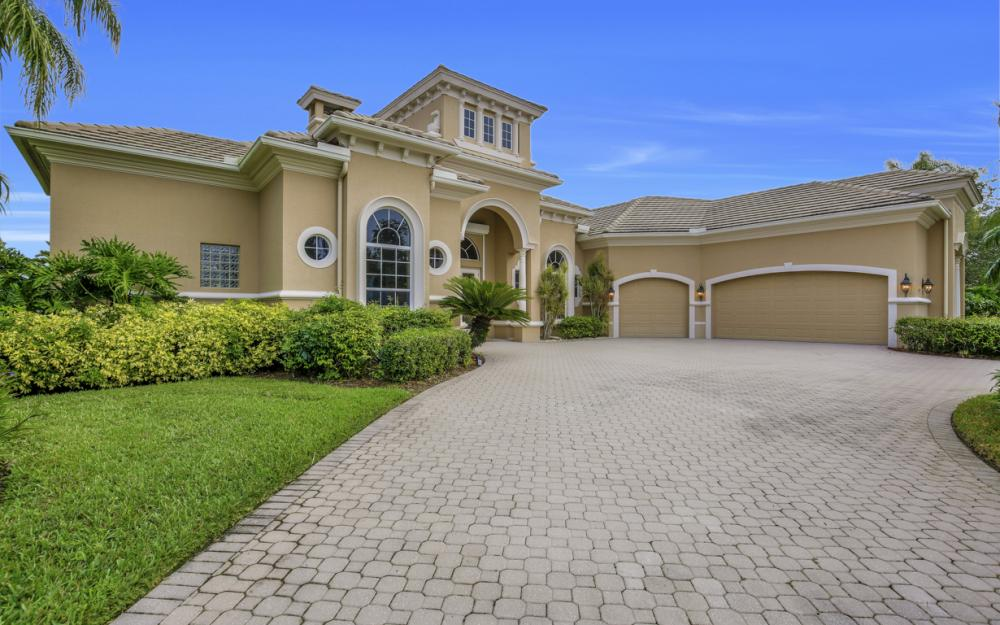 473 Terracina Way , Naples - Home For Sale 558310917