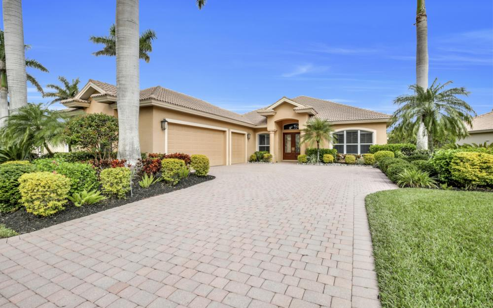 18131 Montelago Ct, Miromar Lakes - Home For Sale 155422570