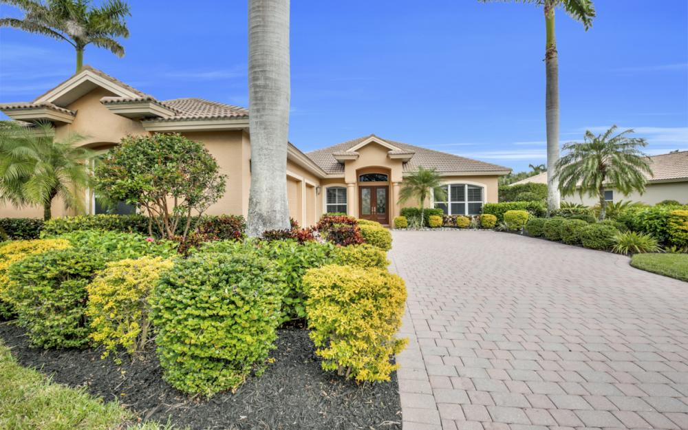 18131 Montelago Ct, Miromar Lakes - Home For Sale 2139005178