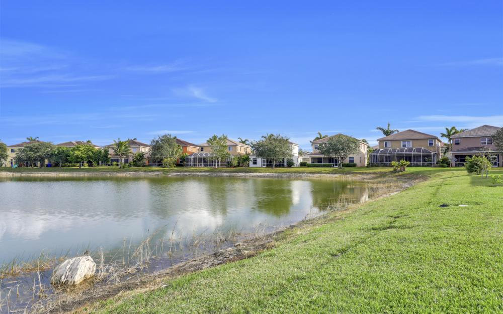 8654 Pegasus Dr, Lehigh Acres - Home For Sale 1016327701