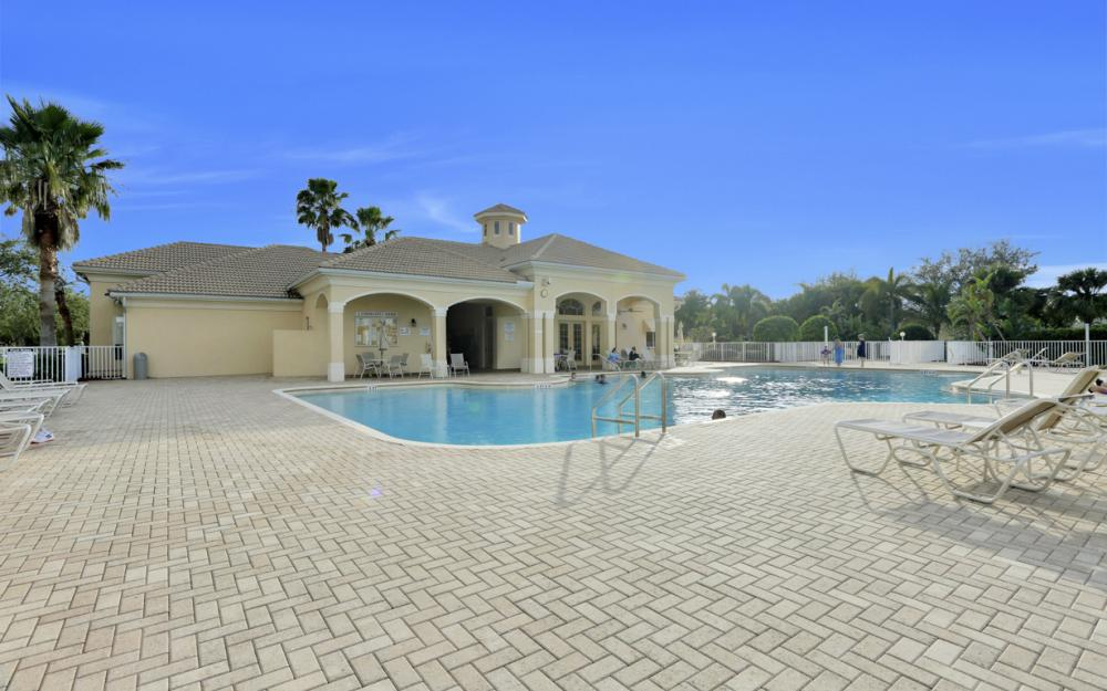 8654 Pegasus Dr, Lehigh Acres - Home For Sale 2044944346