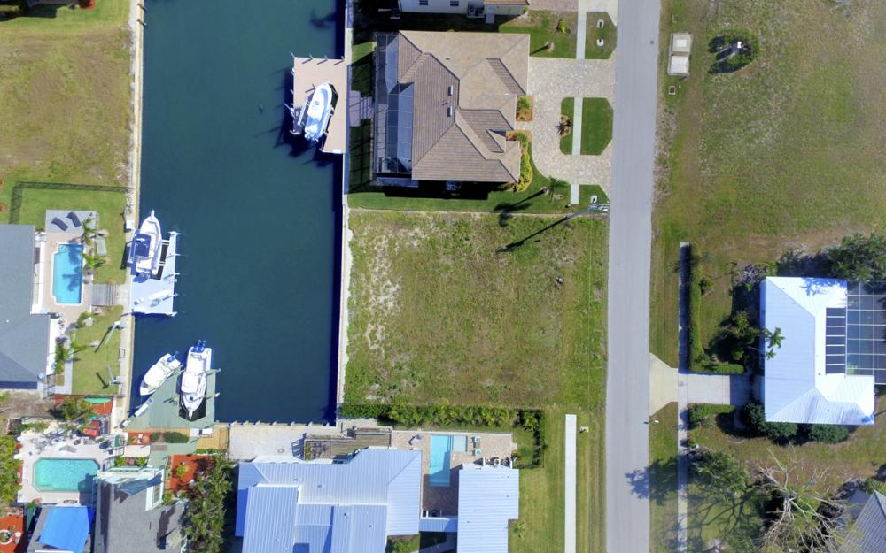 1608 Barbarosa Ct, Marco Island, FL - Lot For Sale 1073154149