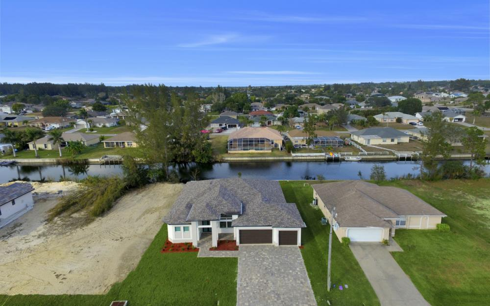 1217 SW 15th Terr, Cape Coral - Home For Sale 1179899370