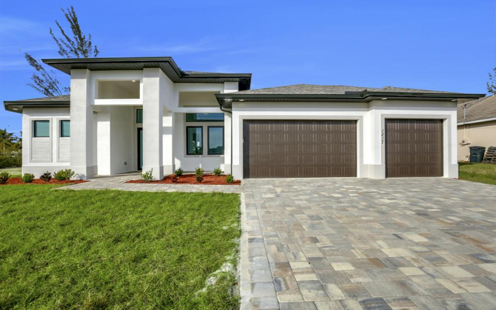 1217 SW 15th Terr, Cape Coral - Home For Sale 2073292523