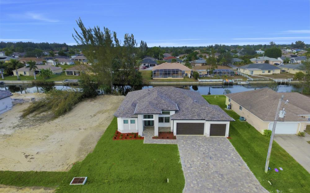 1217 SW 15th Terr, Cape Coral - Home For Sale 2126259765