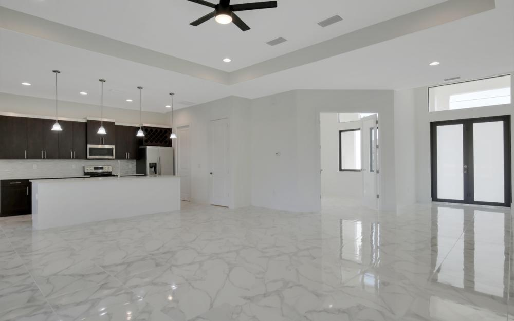 1217 SW 15th Terr, Cape Coral - Home For Sale 291128271