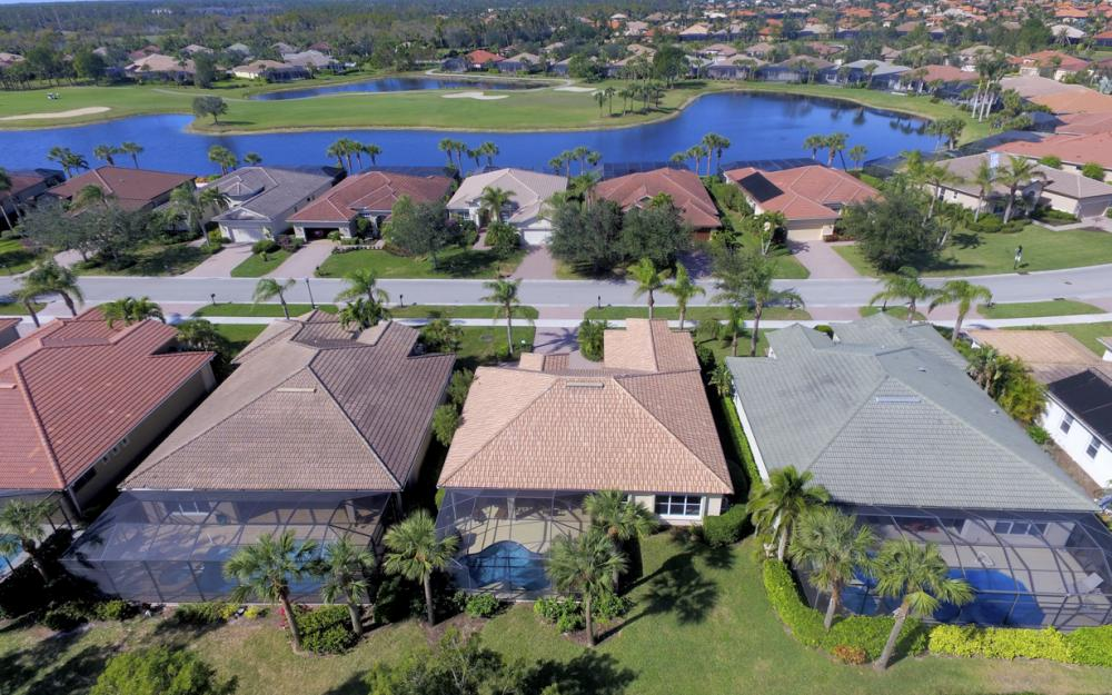 8760 Mustang Island Cir, Naples - Home For Sale 1821167132