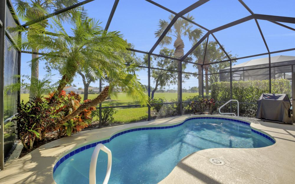 8760 Mustang Island Cir, Naples - Home For Sale 395831737