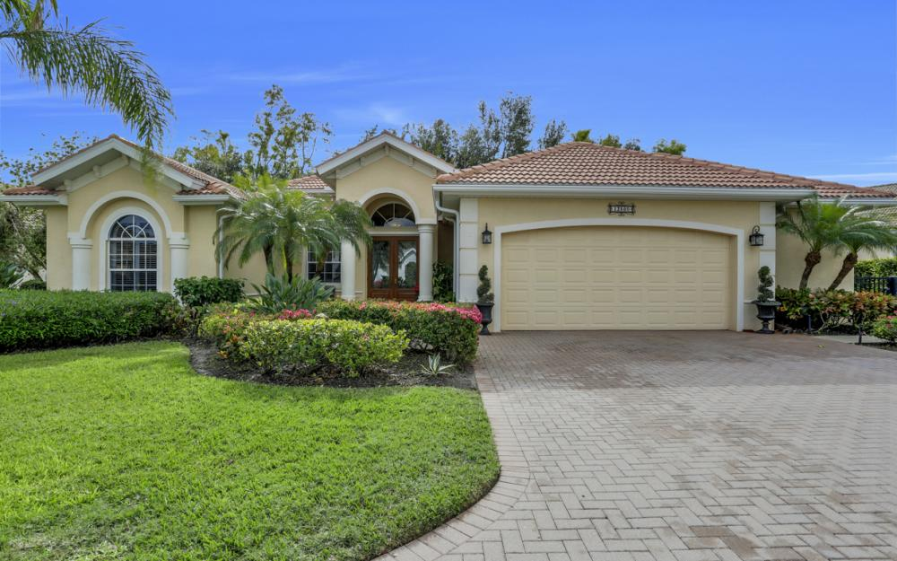 12860 Silverthorn Ct, Bonita Springs - Home For Sale 501052067