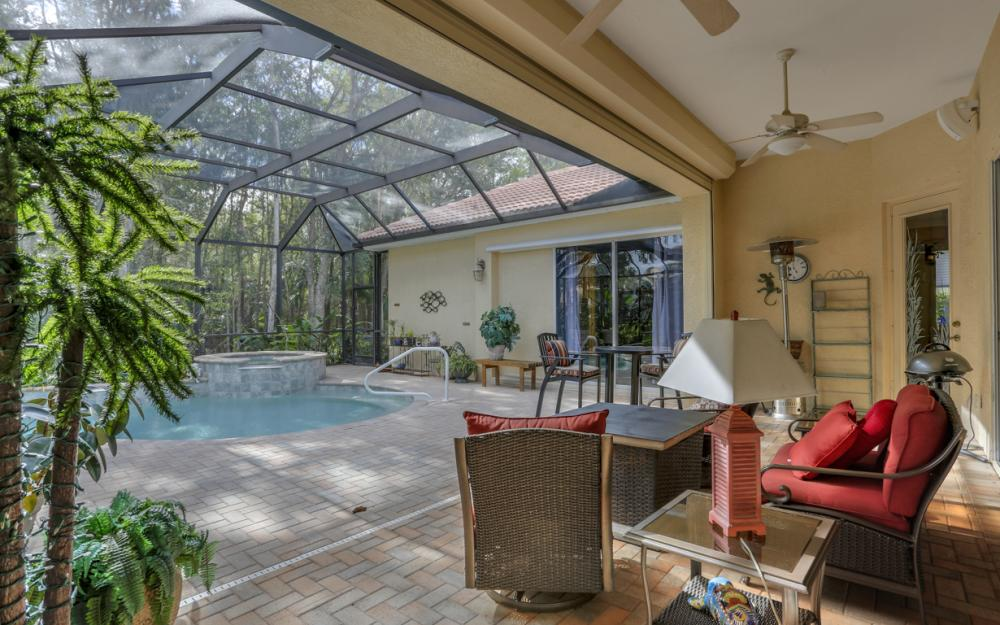12860 Silverthorn Ct, Bonita Springs - Home For Sale 801164665