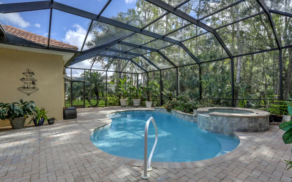 12860 Silverthorn Ct, Bonita Springs - Home For Sale 377583731