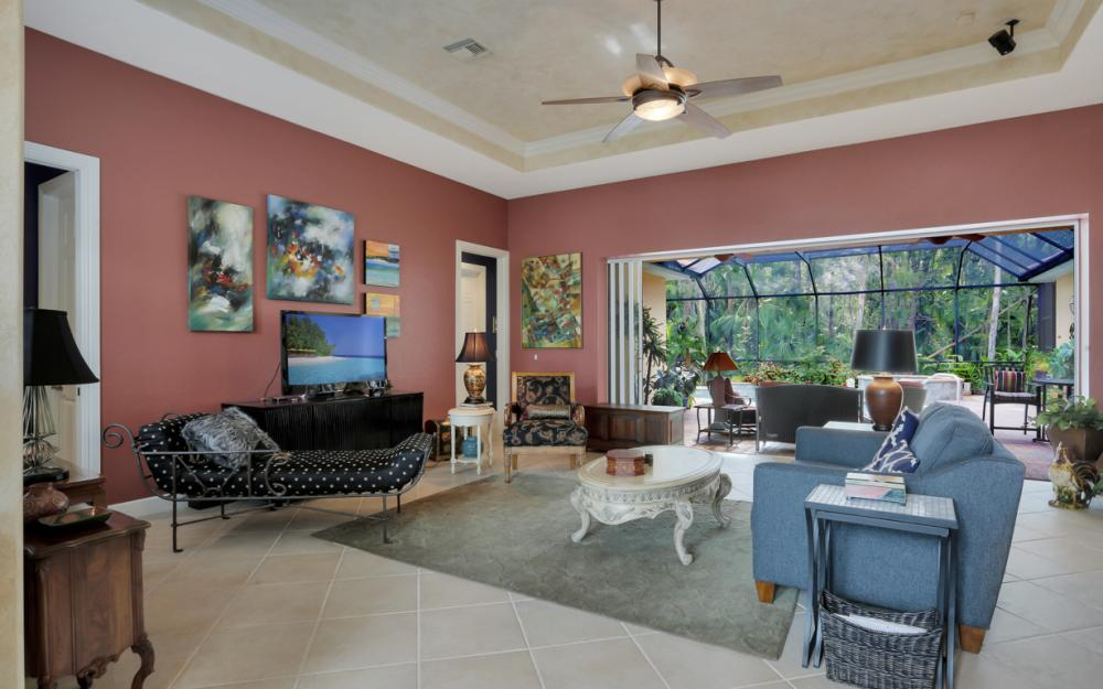 12860 Silverthorn Ct, Bonita Springs - Home For Sale 256240540