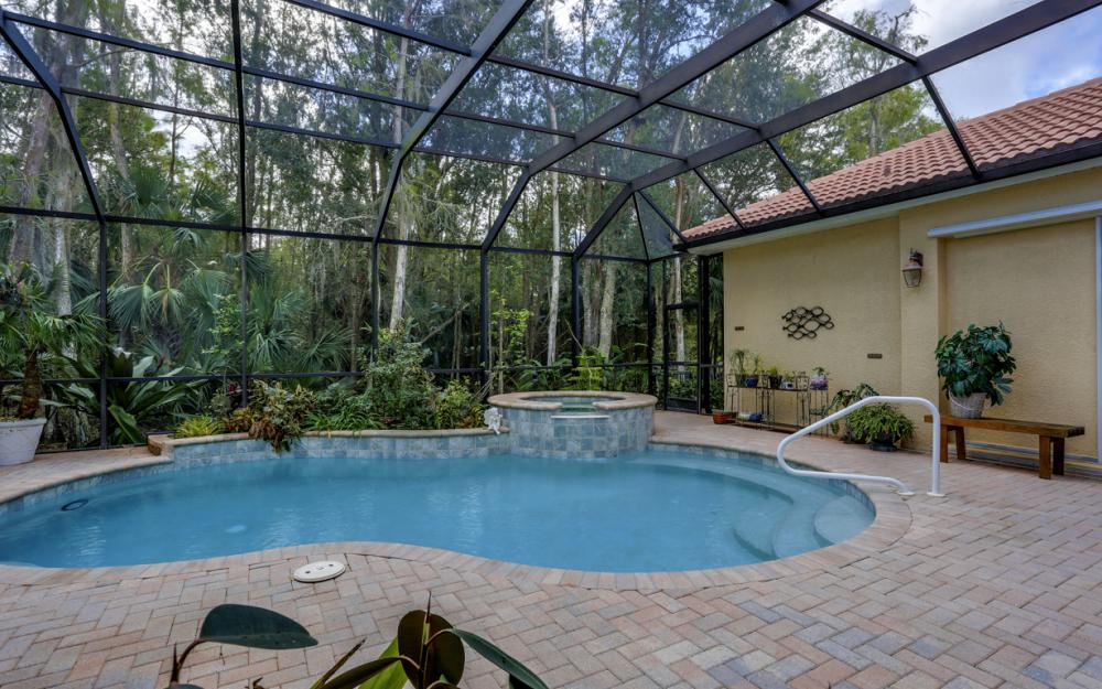 12860 Silverthorn Ct, Bonita Springs - Home For Sale 1804162433