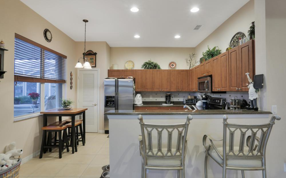 2662 Sunset Lake Dr, Cape Coral - Home For Sale 1958424624
