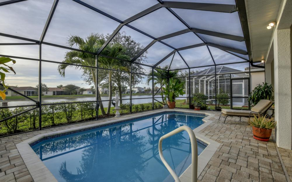 2662 Sunset Lake Dr, Cape Coral - Home For Sale 118413580