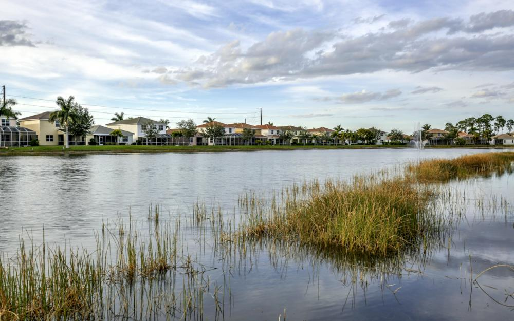 2662 Sunset Lake Dr, Cape Coral - Home For Sale 932760328