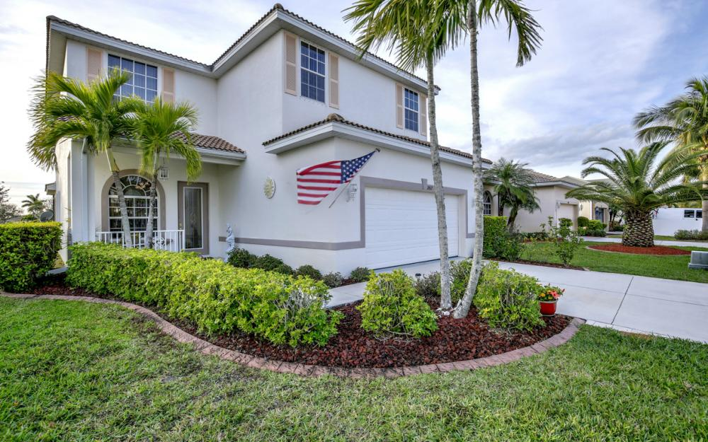 2662 Sunset Lake Dr, Cape Coral - Home For Sale 1241391723