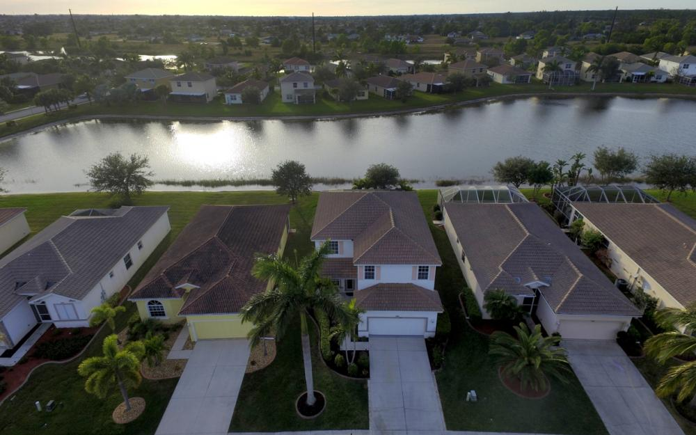 2662 Sunset Lake Dr, Cape Coral - Home For Sale 816285015