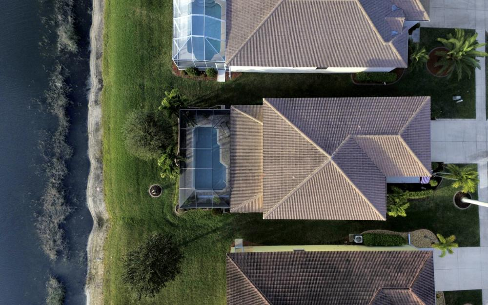 2662 Sunset Lake Dr, Cape Coral - Home For Sale 652966081