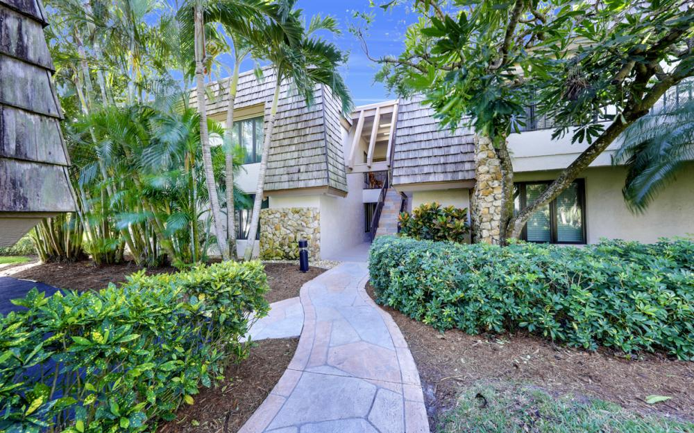110 Wilderness Dr, Naples - Condo For Sale 244427218