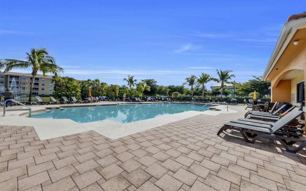 8251 Pathfinder Loop #626, Fort Myers - Condo For Sale 716683289