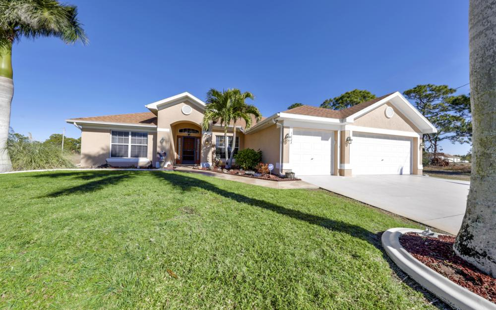 1623 NW 29th Ter, Cape Coral - Home For Sale 1926953492