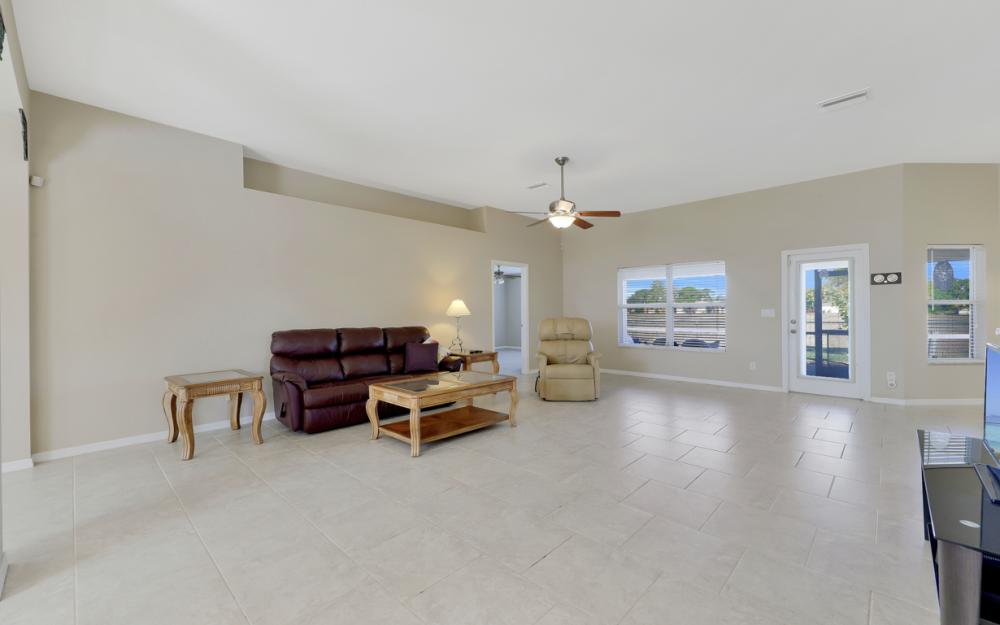 1623 NW 29th Ter, Cape Coral - Home For Sale 2065659813