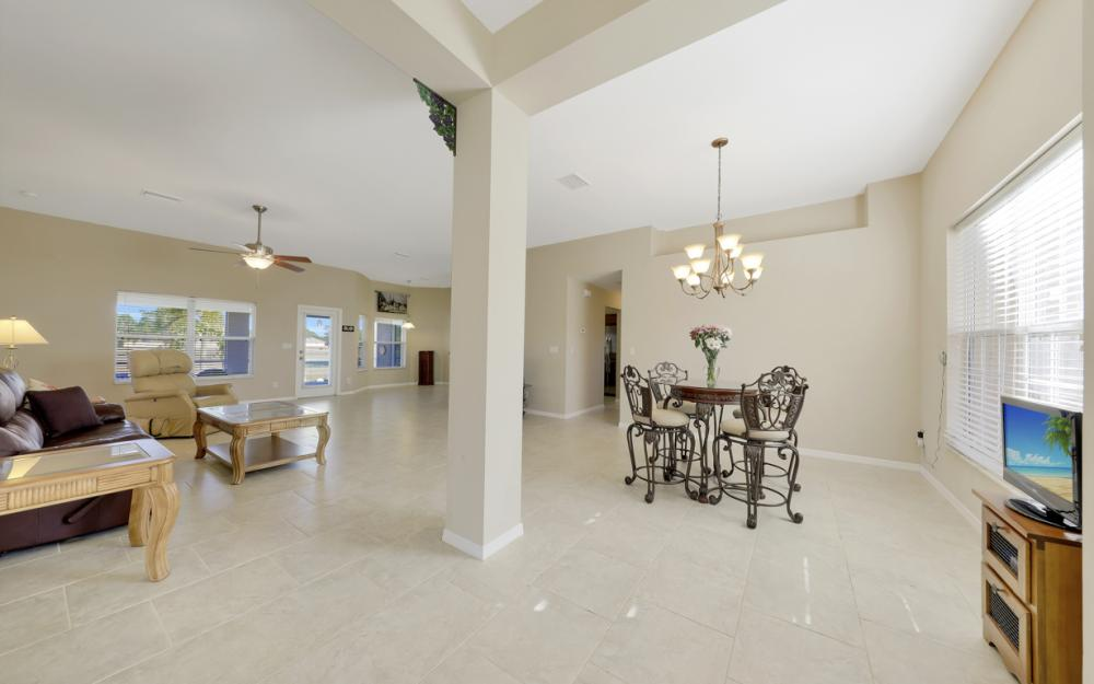1623 NW 29th Ter, Cape Coral - Home For Sale 299029926