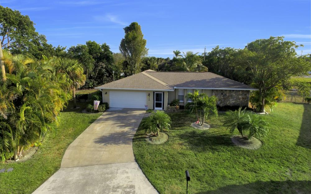 510 SE 31st St, Cape Coral - Home For Sale 926511607