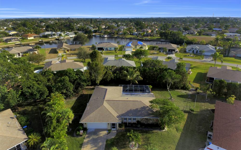 510 SE 31st St, Cape Coral - Home For Sale 339208057