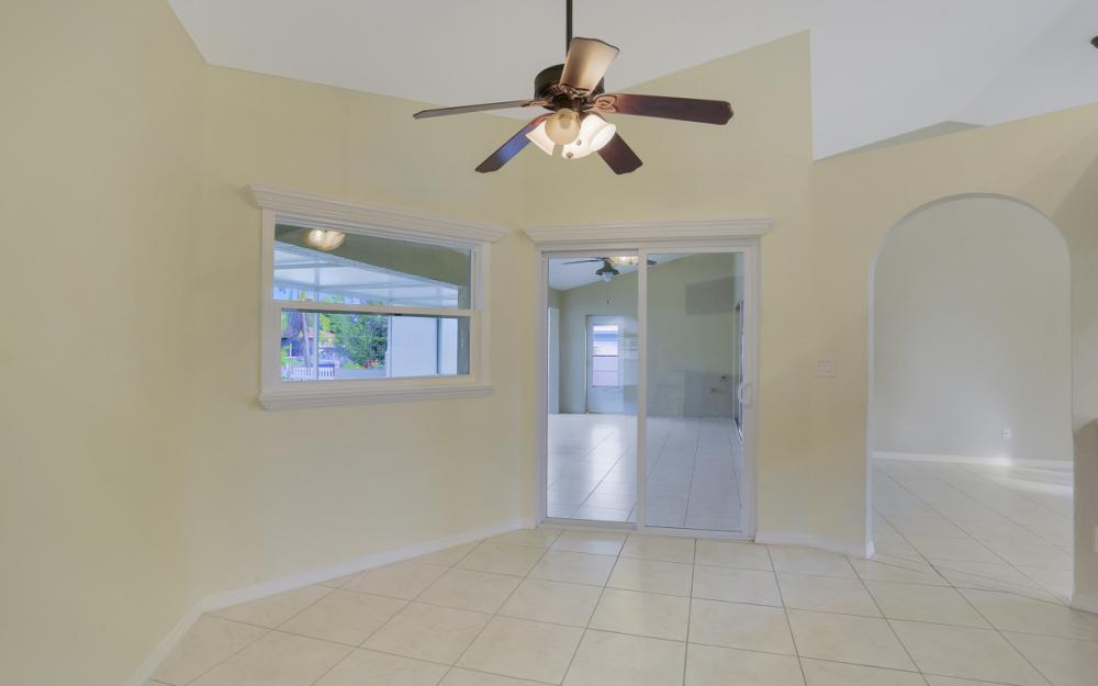 4810 Triton Ct W, Cape Coral - Home For Sale 423491930