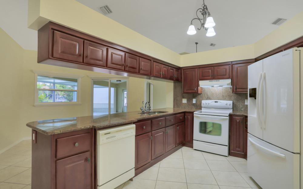 4810 Triton Ct W, Cape Coral - Home For Sale 3697515