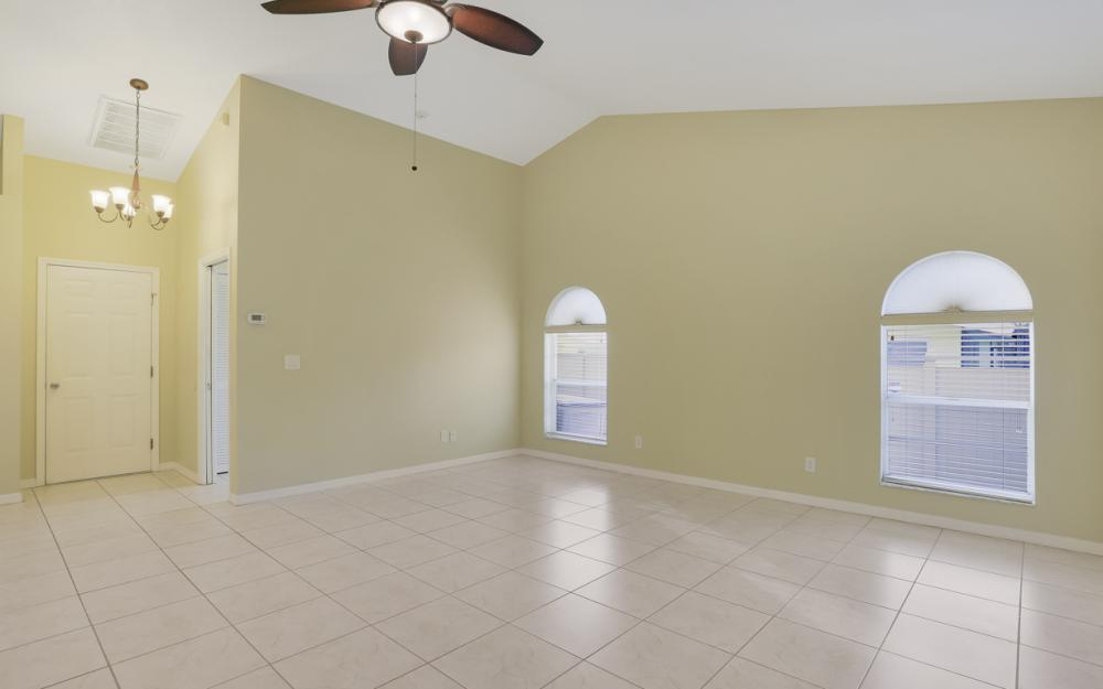 4810 Triton Ct W, Cape Coral - Home For Sale 326289936