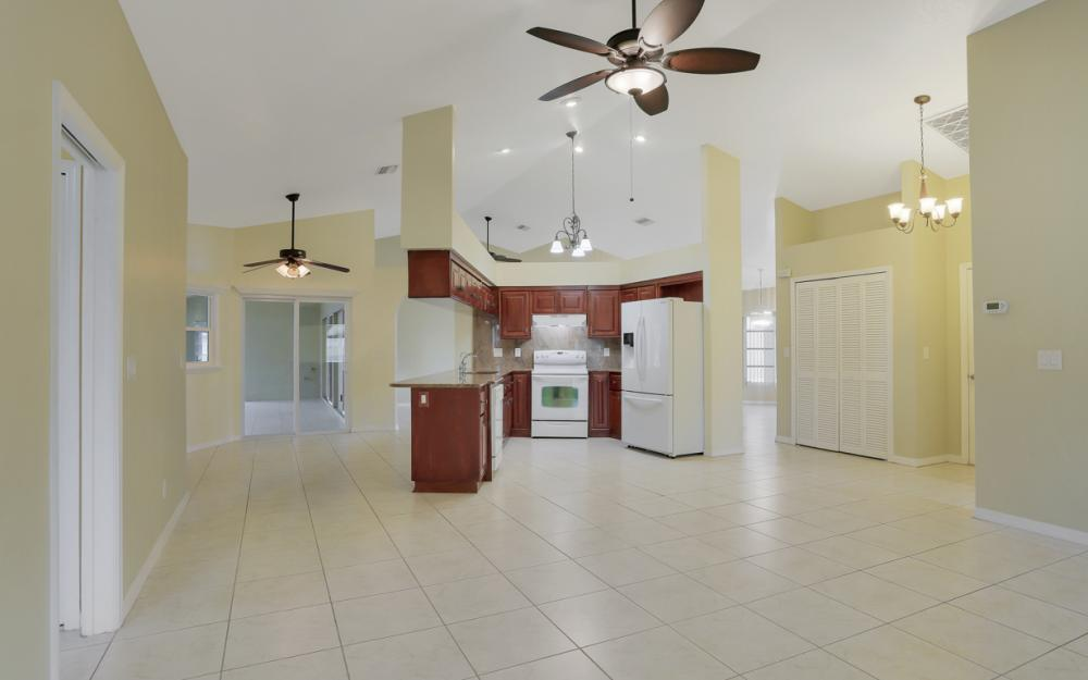4810 Triton Ct W, Cape Coral - Home For Sale 1182277993