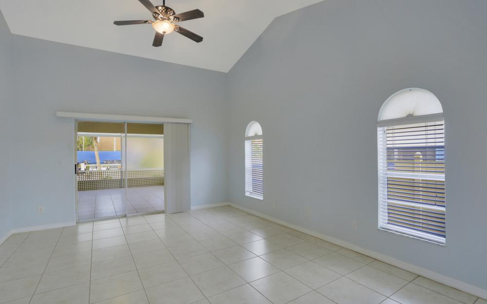 4810 Triton Ct W, Cape Coral - Home For Sale 601542829