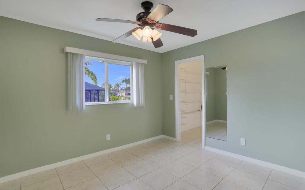4810 Triton Ct W, Cape Coral - Home For Sale 1827196135