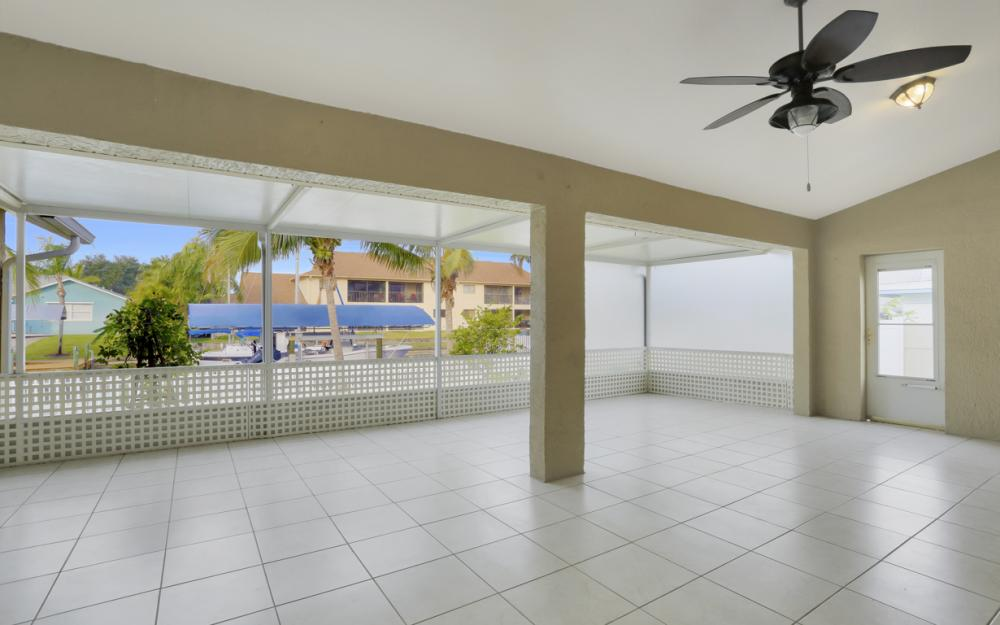 4810 Triton Ct W, Cape Coral - Home For Sale 1771846693