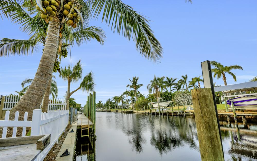 4810 Triton Ct W, Cape Coral - Home For Sale 1234293735